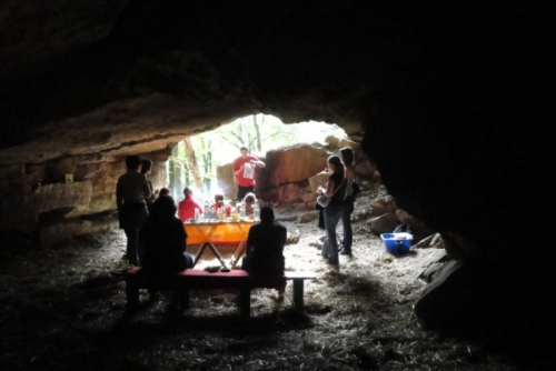 Höhlenapéro und geistiges Bettmümpfeli im Tafeljura